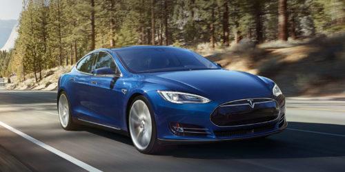 "Tesla Model S met ""standaard"" audio"